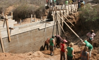 Constuction of the first dam - Kenya